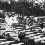 """Fotograma de 'El acorazado Potemkin"""" (1925), matanza en la famosa escalera Richeliey (Propias)"""